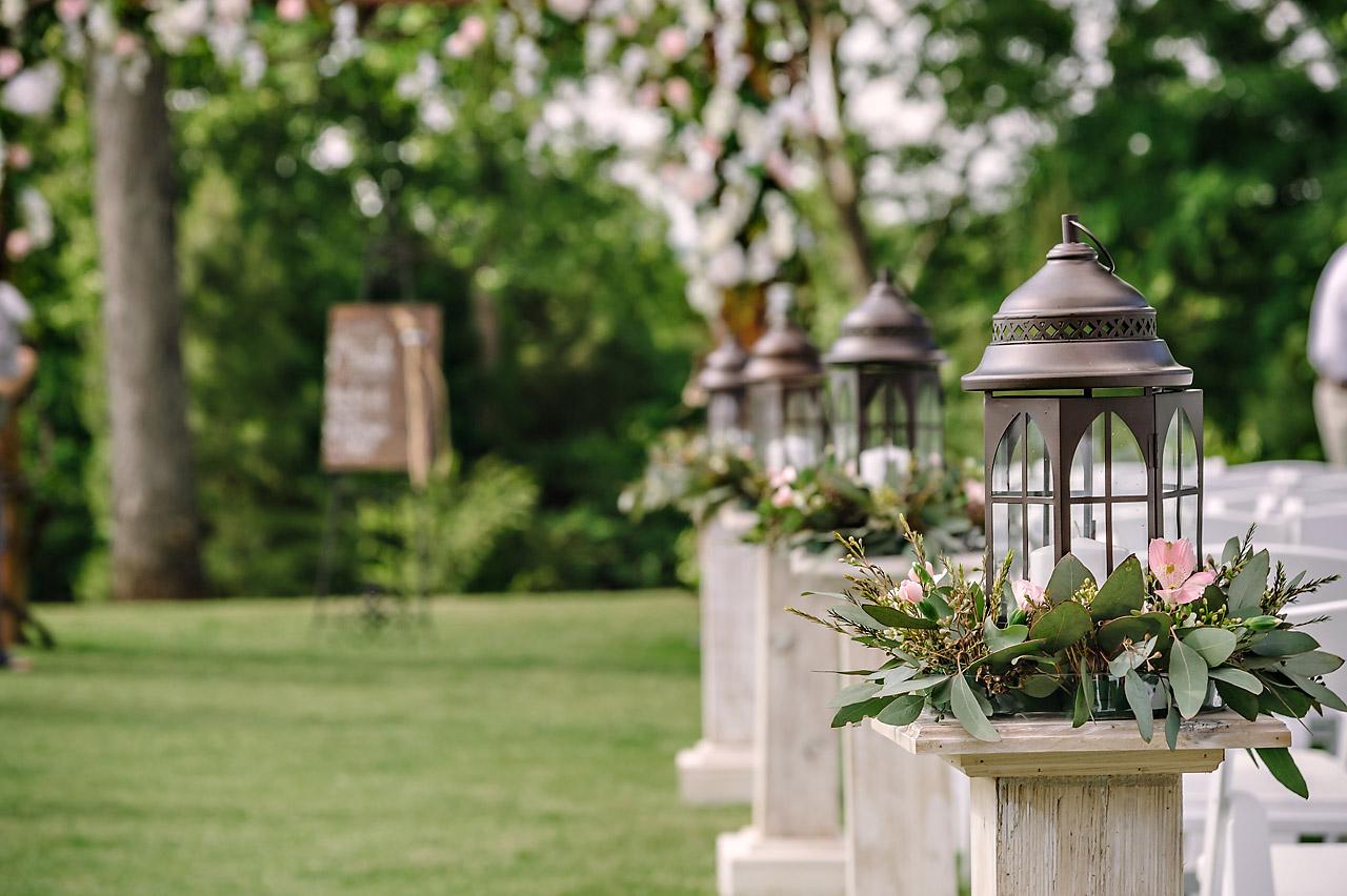 candle lanterns wedding decor