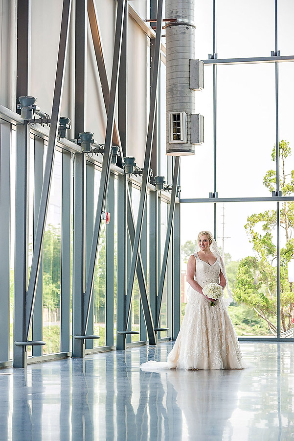 Bridal portrait at South Carolina State Museum Planetarium.