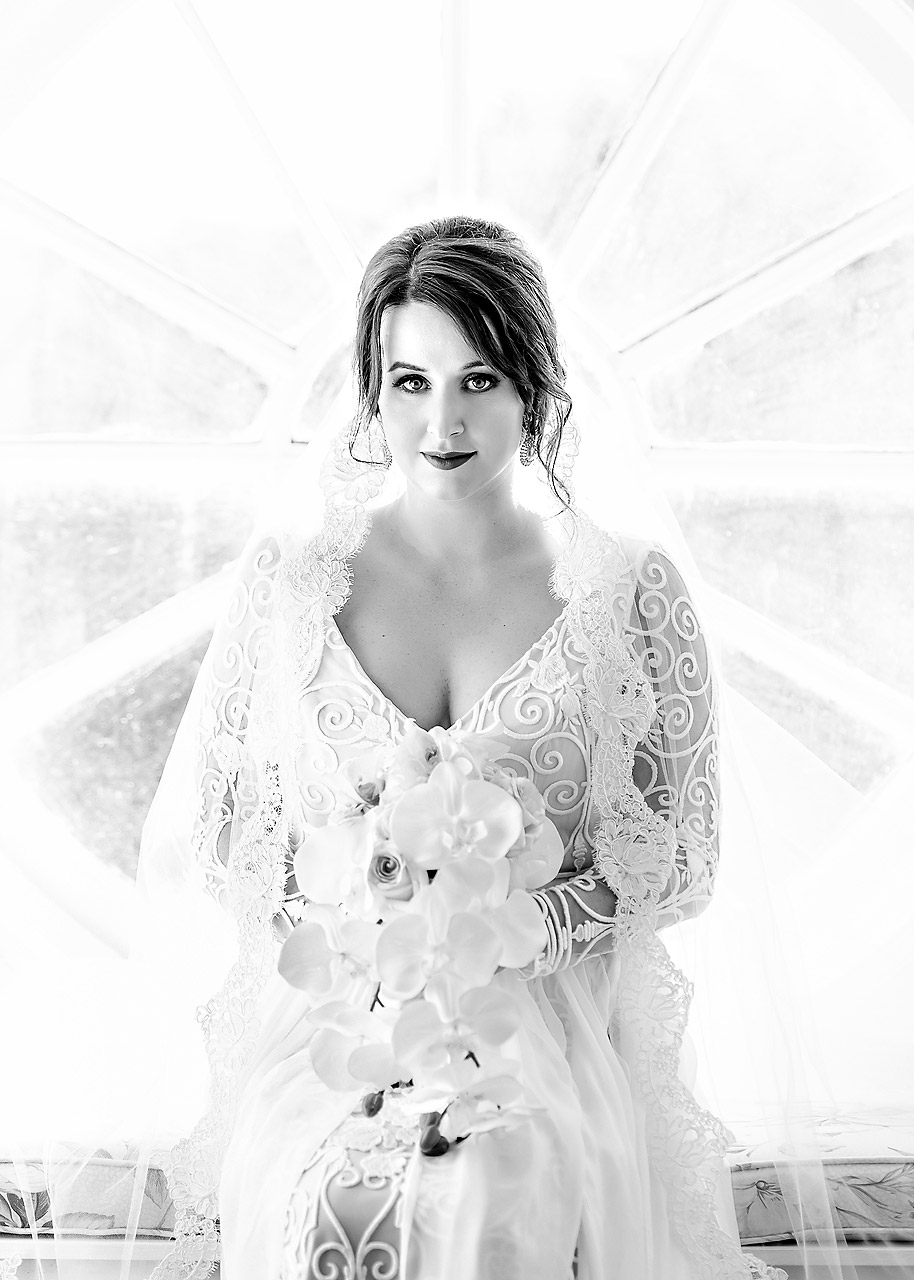 Bridal Portrait at Lowndes Grove Plantation